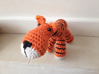 tigre encargo de Amparo -C